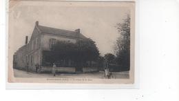 Concremiers (Indre) - Carrefourde La Gare (abimée Côté Gauche Et Pli Bas Droit) - France