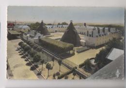 LE CREUSOT - Le Château Et Le Parc - Le Creusot