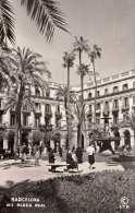 BARCELONA Plaza Real, Gel.195?, 2 Marken - Barcelona