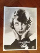 """Cora MADOU"""" La Voix De Son Maître"""" - Célébrités"""