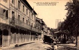 Martinique, Fort De France, Le Bas De La Rue De La Liberte   (bon Etat) - Fort De France