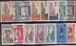 Gabon N° 133-134-135-136 Neufs *- Voir Verso -