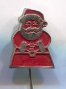SANTA CLAUS, WEIHNACHTSMANN -  Vintage Pin, Badge, Abzeichen - Christmas