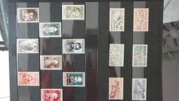 A Collection De Timbres ** De France Années 30 à 50. A Saisir !!!