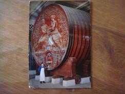 FRANCE - Marne - EPERNAY ( Champagne Mercier - Foudre 200 000 Bouteilles Le Plus Gros Tonneau Du Monde Dans Caves - 1966 - Epernay
