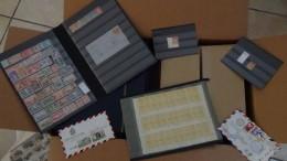 A Gros Carton 28 Kg De Timbres ** Dont France N° 216 **, Préo 29 **, Albums, Courriers ... Port 30 Euros Offert.