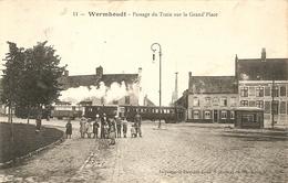 Cpa Wormhout Passage Du Train Sur La Grande Place - Wormhout
