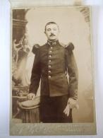 260120176- MILITAIRE DU 95è REGIMENT  D'INFANTERIE DE BOURGES - PHOTO SUR CARTON FIN XIXè DEBUT XXè - War, Military
