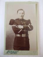 260120176- MILITAIRE DU 76 è  REGIMENT  D'INFANTERIE DE PARIS - PHOTO SUR CARTON DEBUT XXè (1903) - War, Military