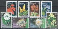 Montserrat 1977 Und 1986 Blumen Michel N° 366-69 Und 662-65 MNH - Montserrat