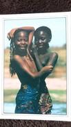 CPM 2 JEUNES FEMES NOIRES AUX SEINS NUS HARMONIE WAKHATILENE - Africa