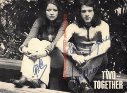 Two-Together - Autographes