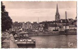 (35) 181, Redon, Chapeau 9, Bassin Flot, Péniche La Paix - Redon
