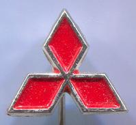 MITSUBISHI - Car, Auto, Automotive, Vintage Pin, Badge, Abzeichen - Mitsubishi