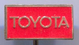 TOYOTA - Car, Auto, Automotive, Vintage Pin, Badge, Abzeichen - Toyota