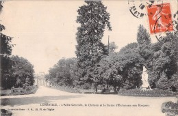 54 LUNEVILLE L ALLEE CENTRALE LE CHATEAU ET LA STATUE D ERCKMANN AUX BOSQUETS - Luneville