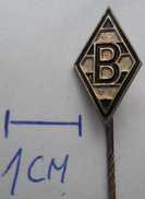 Borussia Monchengladbach Germany Football Club , SOCCER / FUTBOL / CALCIO PINS BADGES Z2 - Fussball