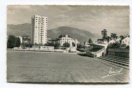 CPsm 73  :  CHAMBERY   Stade De Football  Et Piscine  1956   VOIR  DESCRIPTIF  §§§ - Chambery