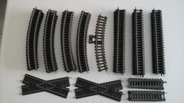 Lot De Rails VINTAGE HO - Fleischmann - Vers 1945/60 - En Carton Et Fer-blanc - Rails