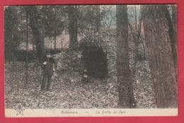 Bonsecours - La Grotte Du Parc ... Personnage En Chapeau Boule ( Voir Verso ) - Péruwelz
