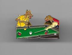PINS BILLARD CHIEN ET LOUP / Base Dorée Double Attache / 33NAT - Billiards