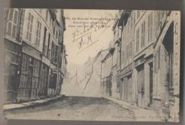 Guerre De 1914-1916 - EXPLOSION D'UN OBUS DANS UNE RUE DE VERDUN - Guerre 1914-18