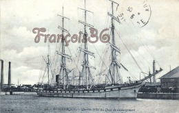(59) Dunkerque - Quatre Mâts Au Quai De Déchargement - 2 SCANS - Dunkerque