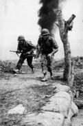 Militaria Indochine - Sous Le Feu à Dien Bien Phu - Documents