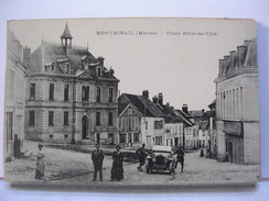 51 - MONTMIRAIL - PLACE DE L'HOTEL DE VILLE - ANIMEE - AUTOMOBILE - 1916 - Montmirail