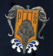 Ancien Insigne émaillé Chasseur 71 P 700 -- Drago  Ins3 - Marine