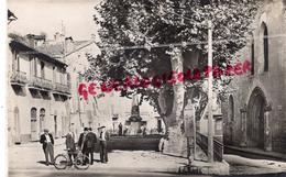 83 - LE LUC - PLACE AUGUSTE BLANQUI ET L' EGLISE - CARTE PHOTO 1956 - Le Luc