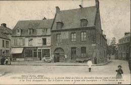Crevecoeur  Le Grand - L' Ancien Hôtel De L' Ecu - Crevecoeur Le Grand
