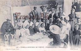 (79) Préparation Des Tourteaux - Types Et Costumes Du Poitou - 2 SCANS - Altri Comuni