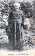 (79) Petit Bonnet De Vasles - Paysanne - 2 SCANS - Other Municipalities