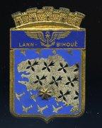 Ancien Insigne émaillé BAN Lann Bihoué Base Aéronavale -- Fabrication Drago  Ins4 - Marine