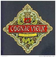 Etiquette De Liqueur: Cognac Vieux. Decoupee (13´5 X 13´5 Cms) (Ref.73694) - Labels