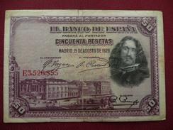 ESPAGNE Billet De 50 Pésétas 1928 Légère Déchirure Au Centre - 50 Pesetas