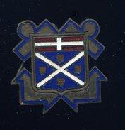 Ancien Insigne émaillé -- Croiseur 10000T Suffren  -- Arthus Bertrand Paris  Ins5 - Marine