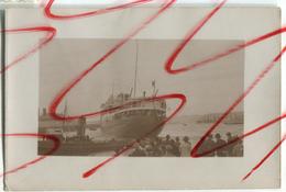 Bateau à Identifier Quai Port Appareillage - Boats