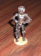 """Figurine En Plomb Star Wars """"4-LOM"""" N°56 - éditions Atlas - Episode I"""