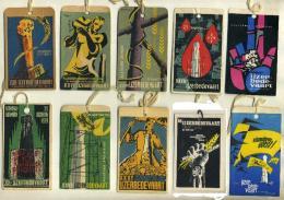 Herdenkingstekens Van De Yzerbedevaarders 1951 - 1962 - Vieux Papiers