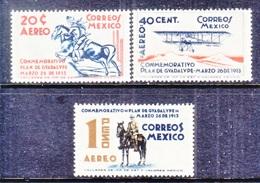 Mexico  C 82-4    *   HORSEMEN   AEROPLANE - Mexico