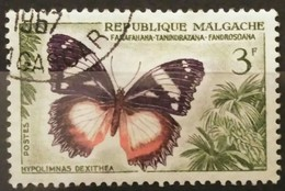 MADAGASCAR 1960 Butterflies And Agricultural Products. USADO - USED. - Madagascar (1960-...)