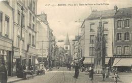 ROUEN - Place De La Croix De Pierre Et Rue Saint Vivien.. - Rouen