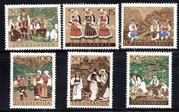 Z779 - YUGOSLAVIA 1957 , Unificato N.  729/734  ***  MNH  Folklore - 1945-1992 Repubblica Socialista Federale Di Jugoslavia