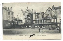 CPA  Précurseur - REIMS, VIEILLES MAISON DE LA PLACE DES MARCHES - Animée, Commerces... - Reims