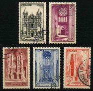 FRANCE - YT 663 à 667 - CATHEDRALES - SERIE COMPLETE 5 TIMBRES OBLITERES - France