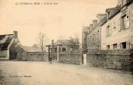 CPA - Le VIVIER-sur-MER (35) - Aspect Du Quartier De L'Ecole Libre En 1924 - Autres Communes