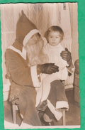 Allemagne - Spire (Speyer) - Père Noël Tenant Une Fillette Sur Ses Genoux - Lieux