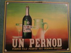 UN PERNOD - Pernod Fils- Pernod Sec-Pernod Export (Cartonnage épais Original) - Enseignes